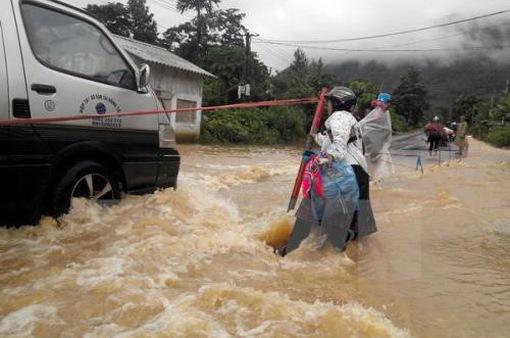 Cảnh báo mưa lũ miền ở miền Trung