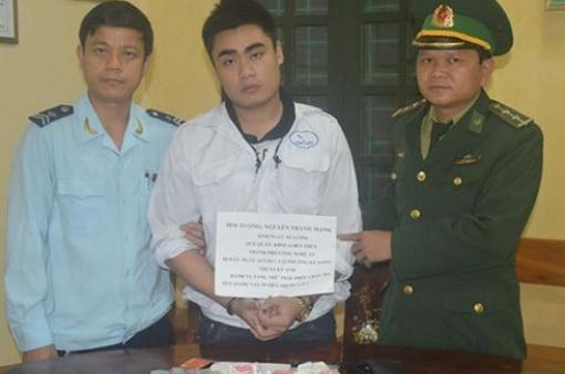 """""""Nóng"""" tình trạng vận chuyển ma túy ở Hà Tĩnh"""