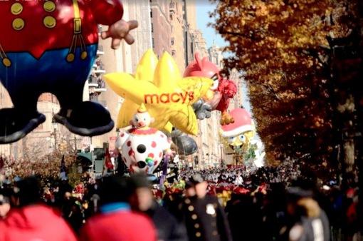 Không khí cuộc diễu hành mừng Lễ Tạ ơn tại Mỹ qua ảnh