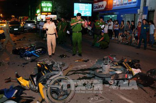 TP.HCM: 2 vụ tai nạn giao thông liên hoàn, nhiều người bị thương