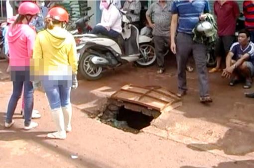 Hàng chục miệng cống rình rập mùa mưa bão tại Bình Phước