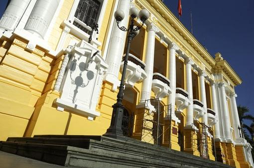 Mở cửa đón khách tham quan Nhà hát Lớn Hà Nội từ tháng 6/2017