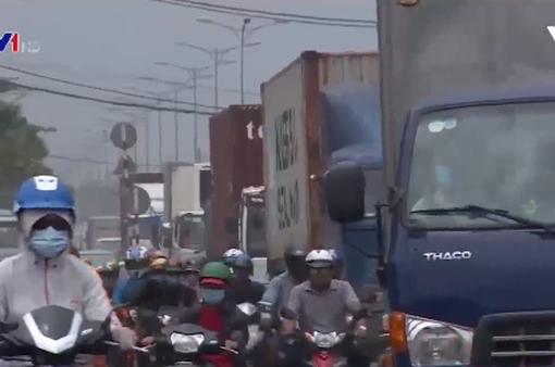 Ô nhiễm không khí ở TP.HCM do bụi lơ lửng từ các hoạt động giao thông gây ra