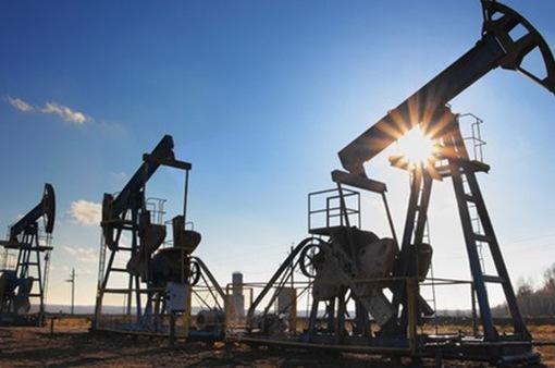 OPEC trước bài toán khó về giá dầu