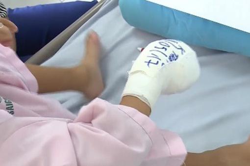 Tìm lại bàn tay cho cô bé khuyết tật