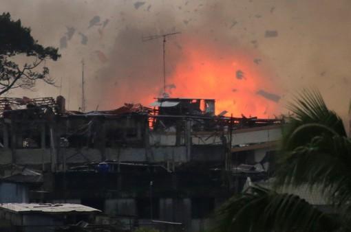 Philippines không đàm phán với phiến quân Maute