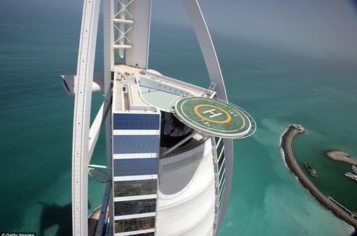 Những bãi đáp trực thăng ấn tượng trên thế giới
