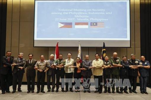 Philippines, Malaysia, Indonesia tăng cường hợp tác an ninh