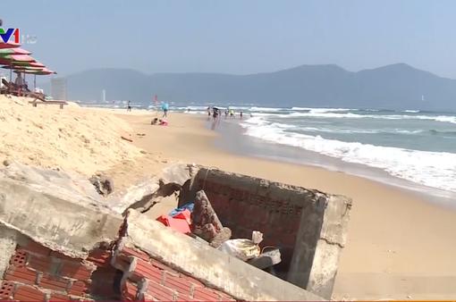 Sạt lở bờ biển nghiêm trọng tại Đà Nẵng