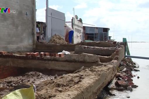 Gia tăng sạt lở bờ sông, bờ biển tại ĐBSCL