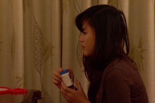 Phim Hoa hồng mua chịu - Tập 29: Phương (Thu Quỳnh) uống thuốc tự tử