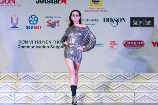 Bận rộn với Top Model, siêu mẫu Hoàng Yến vẫn góp mặt ở Hoa hậu Hữu nghị ASEAN