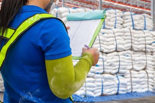 Trung Quốc: Đường nhập khẩu ngoài hạn ngạch bị đánh thuế 95%