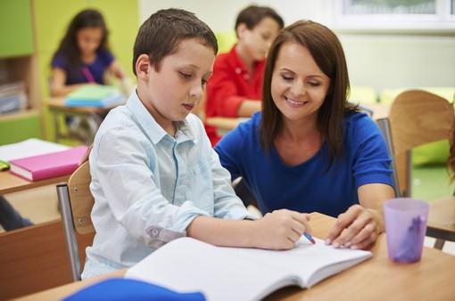 Thầy cô nghiêm khắc với học sinh cũng cần đúng cách