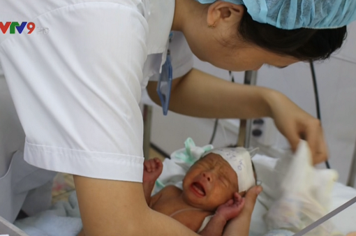 Bệnh viện quận đầu tiên ở TP.HCM nuôi thành công trẻ sinh non