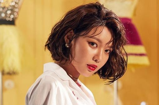 Rời SNSD, Sooyoung kí hợp đồng với công ty nước ngoài?