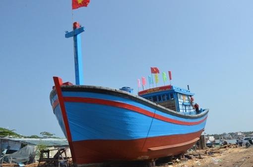 Kiểm tra việc đóng tàu cá theo Nghị định 67