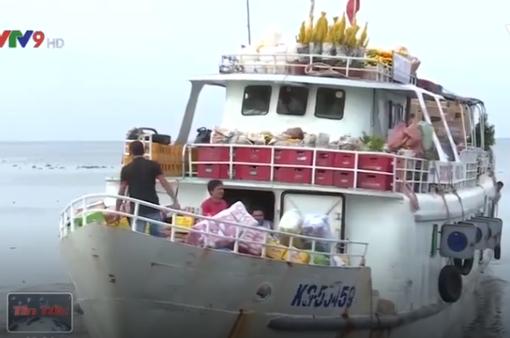 Biển động, tàu đi Phú Quốc tiếp tục dừng chạy