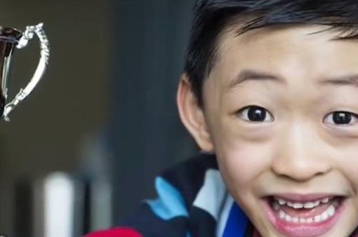 """Học sinh gốc Việt với biệt danh """"Einstein Australia"""""""