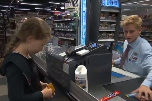 Tranh cãi về thẻ thanh toán dành cho trẻ em tại Đan Mạch