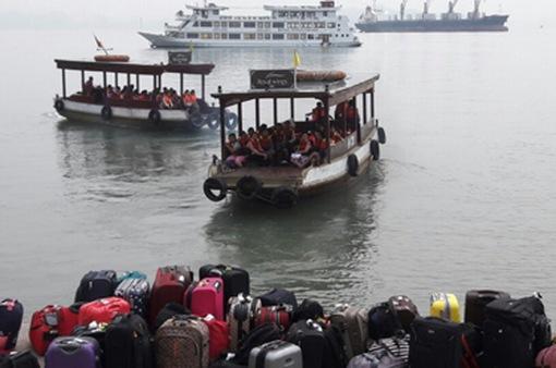 Thắt chặt công tác quản lý dịch vụ du lịch trên vịnh Hạ Long