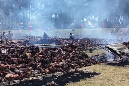 Bữa tiệc thịt nướng lập kỷ lục thế giới của Uruguay