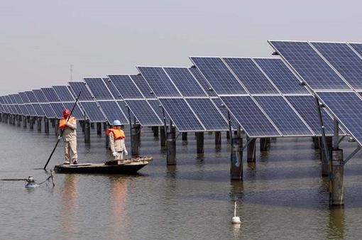 Trung Quốc sản xuất năng lượng tái tạo hàng đầu thế giới