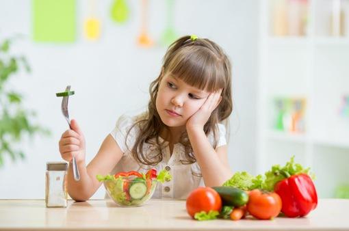 Nạp toàn đồ bổ dưỡng nhưng vì sao trẻ không tăng cân?