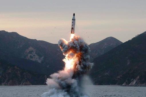Thủ tướng Nhật Bản nhấn mạnh việc gia tăng sức ép quốc tế với Triều Tiên