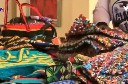 Biến túi nylon thành phụ kiện thời trang