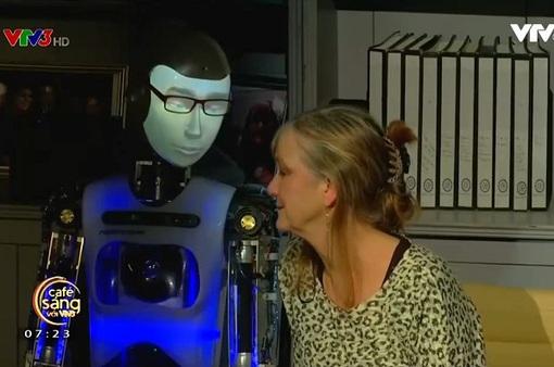 Robot làm diễn viên, chuyện khó tin mà là thật!