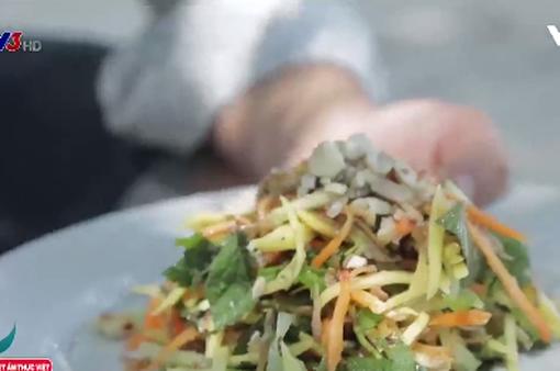 Cách chế biến món gỏi xoài cá thơm khô đặc biệt
