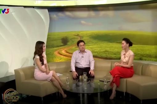 Café Sáng với VTV3: Đi thi Hoa hậu thế giới có cần phải xin phép?