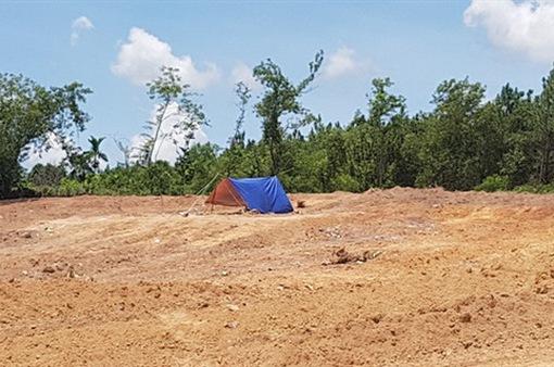 Thừa Thiên - Huế: Yêu cầu khôi phục lại khu lăng mộ bị san ủi