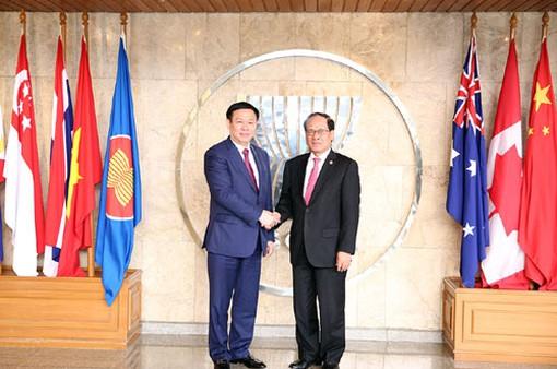 Phát triển quan hệ với ASEAN là ưu tiên hàng đầu trong chính sách đối ngoại