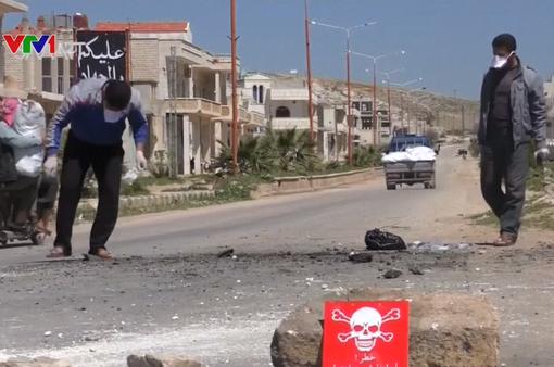 """Hàng trăm nhân viên Chính phủ Syria bị trừng phạt vì """"vũ khí hóa học"""""""