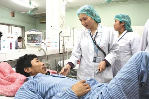 80% người bệnh hài lòng về thái độ của nhân viên y tế