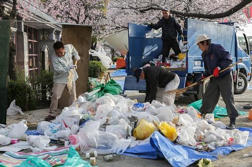 Nhật Bản cam kết giảm rác thải nhựa