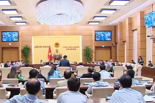 Ủy ban Thường vụ Quốc hội cho ý kiến về việc thực hiện kế hoạch tài chính 2016 - 2020