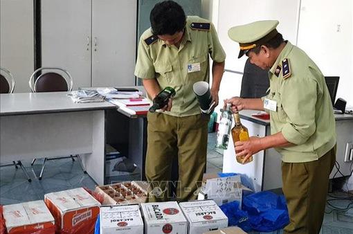 Phú Yên: Tạm giữ lượng lớn rượu ngoại không có hóa đơn chứng từ