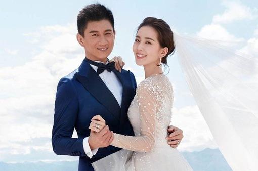 Vợ chồng Ngô Kỳ Long sẽ đón cặp song sinh trong năm 2019
