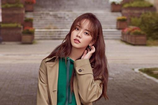 Kim So Hyun vui mừng vì... lấy được bằng lái xe