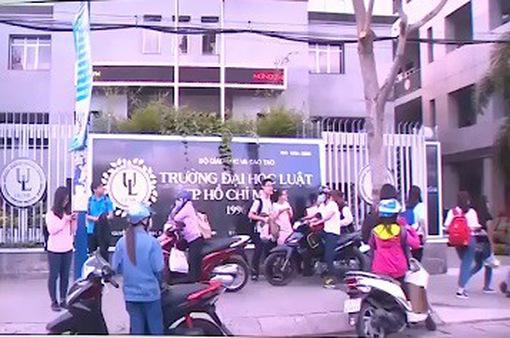 Hơn 70 sinh viên Đại học Luật TP.HCM bị buộc thôi học