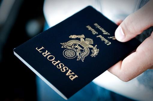 """Top 10 hộ chiếu """"quyền lực"""" nhất thế giới"""