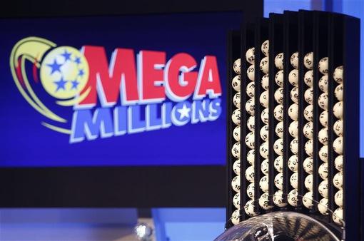 Người dân Mỹ đổ xô đi mua Mega Millions