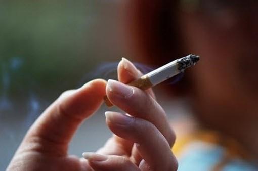 Giá thuốc lá còn rẻ, tỷ lệ người hút thuốc ở Việt Nam vẫn rất cao