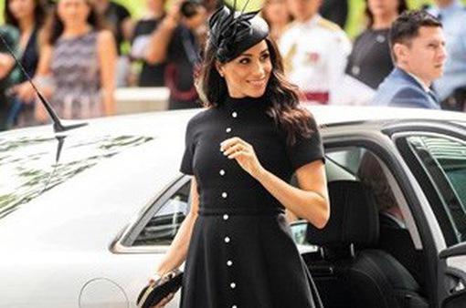 Gu thời trang đẳng cấp khi mang thai của Công nương Meghan Markle