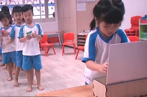 Thu gom vỏ hộp sữa tại trường học: Việc làm nhỏ, ý nghĩa lớn