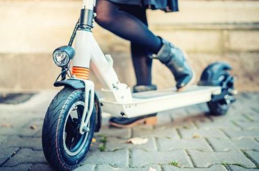 Cấm xe đồ chơi gắn động cơ ra đường