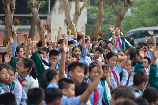 Học sinh Lào Cai hào hứng với cuộc thi làm phim ngắn về phòng chống tác hại của thuốc lá